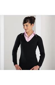 Women's v-neck knitted sweater